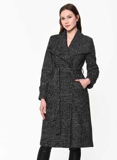 Dewberry Polyesterli Cepli Belden Bağlamalı Düğmeli Kadın Palto Siyah